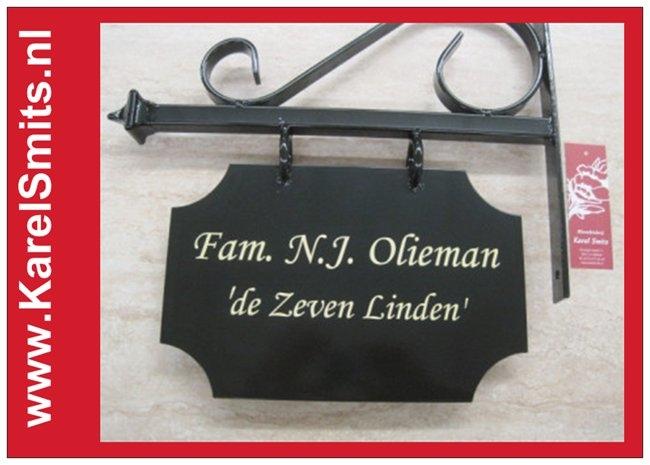 Nostagisch Uithangbord Maastricht Groen