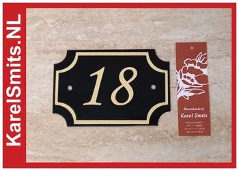 €59,50 Unieke Naambordjes Voordeur groen
