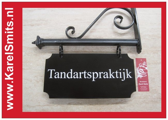 101 Uithangbord Zwart Amsterdam